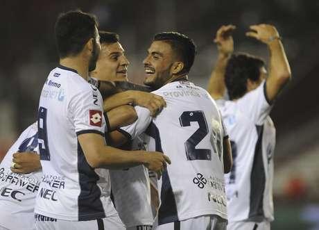 Unión recibe a Quilmes