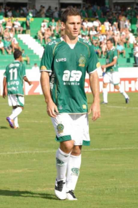 Fumagalli completará 250 jogos com a camisa do Bugre neste domingo, contra o ABC-RN (foto: Ari Ferreira)