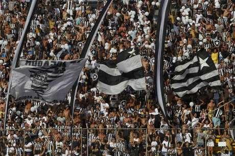 14.595 torcedores lotaram a Arena da Ilha do Governador no domingo(Foto: Vitor Silva/SSPress/Botafogo)