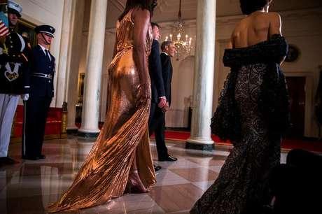 Michelle Obama y su vestido Versace se roban el show