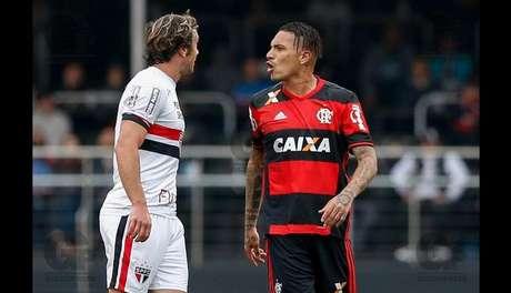 La opinión de la prensa brasileña tras doblete — Paolo Guerrero