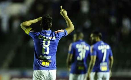 Volante não viajou para Salvador e não pegará o Vitória neste domingo (Foto: Eduardo Valente)