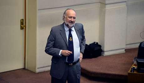 Echan al senador Baldo Prokurica de un local de votación en Vallenar