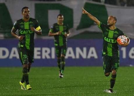 Chapecoense está na semifinal da Sul-Americana (foto:AFP)