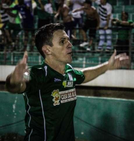 Herói, Fumagalli fez três gols e deu uma assistência na virada história sobre o ABC (foto: Luciano Claudino/Codigo19)