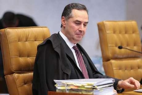 Ministro Roberto Barroso votou a favor do desconto dos dias parados