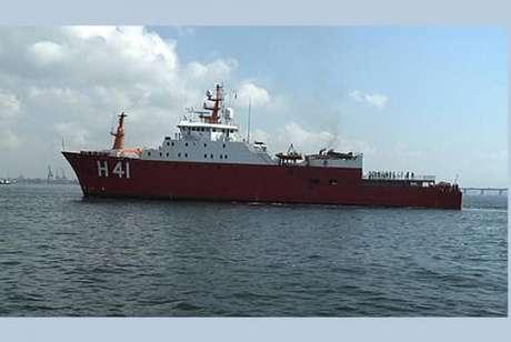 Navio de pesquisa brasileiro na Antártida