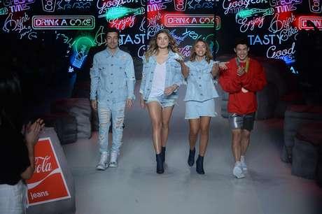 O último dia da semana de moda da capital paulista apresentou a coleção assinada por Sasha, da grife Coca-Cola Jeans