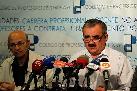 Reprobado reajuste salarial — Chile