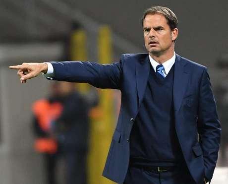Caiu: de Boer deixa a Inter com apenas cinco vitórias em 14 jogos
