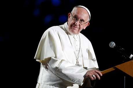 El papa descarta para siempre que haya sacerdotisas
