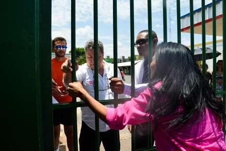 Estudantes que chegarem após o horário de fechamento dos portões vão perder a prova do Enem