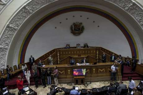 Oposición venezolana se reunió con el enviado de EUA para apoyar diálogo
