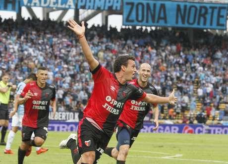 Colón derrotó a Arsenal