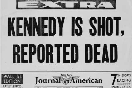 Há várias teorias sobre o assassinato de Kennedy.