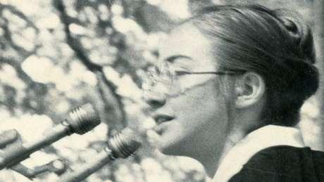 Hillary no discurso de formatura que ofuscou até o orador oficial do evento