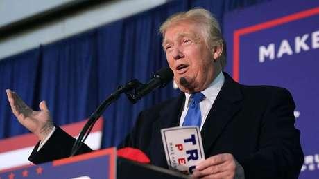 Donald Trump se define com um 'gênio dos negócios' e promete o mesmo sucesso para os EUA, se eleito presidente