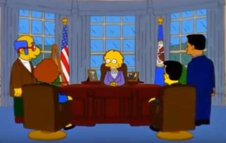 A presidente Lisa reúne seus secretários para saber como anda a economia dos Estados Unidos depois da presidência de Trump
