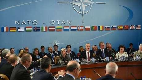 Próximo comandante-em-chefe dos Estados Unidos mostrou pouco apreço à maior organização militar do mundo.
