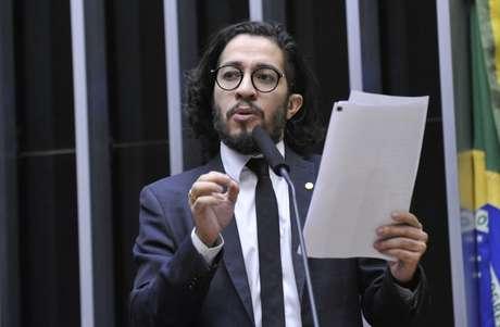 Jean Wyllys durante discussão do processo de impeachment de Dilma Rousseff.