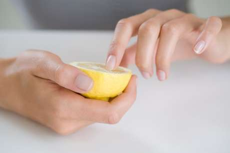 El uso de limón para clarear la sonrisa no es recomendable