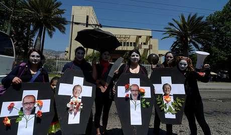 Funcionarios públicos anuncian marcha en medio de negociaciones por reajuste