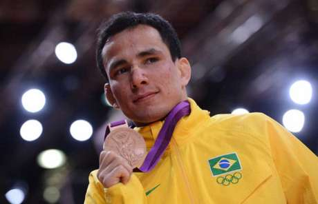 Felipe Kitadai foi bronze em Londres-2012 (Foto: AFP PHOTO / FRANCK FIFE)