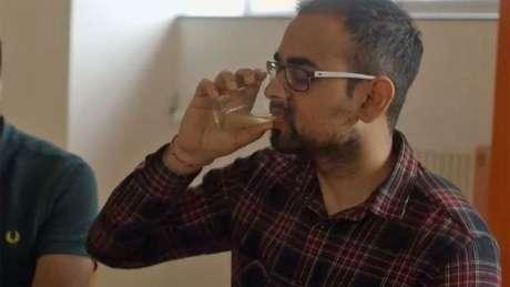 Beber vinagre de cidra diluído pode ajudar a reduzir o colesterol