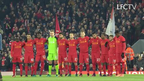 Liverpool realizó homenaje al Chapecoense