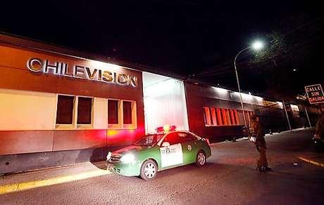 Detienen a equipo periodístico de CHV por robo de cervezas