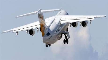 Aeronave tipo RJ85 semelhante ao que caiu na Colômbia.
