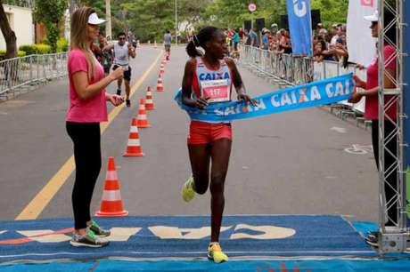 Maria Aparecida Ferraz é a atual vice-líder do ranking da CBAt (Foto: Divulgação HTSports/adorofoto)