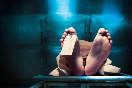 Creyeron que había muerto y despertó en la morgue