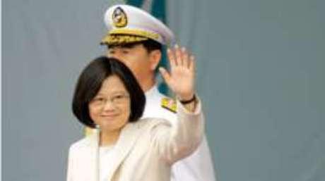 Trump ironiza reação a telefonema de presidente de Taiwan
