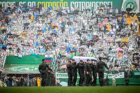 Velório coletivo na Arena Condá, em Chapecó, das vítimas da tragédia do voo da Chapecoense para a Colômbia