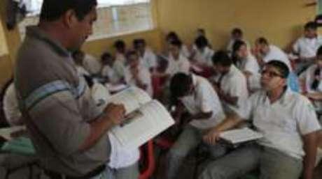 Professores precisam ter mais oportunidades de desenvolvimento profissional, avalia coordenador do Pisa