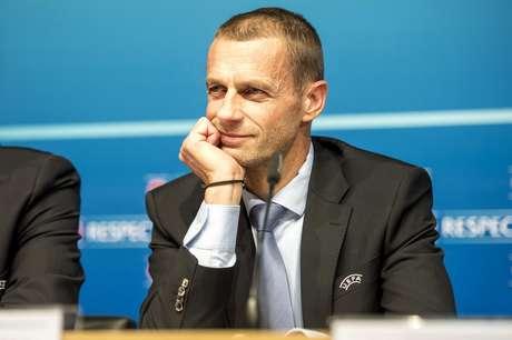 El presidente de la UEFA, Aleksander Ceferin, participa en una conferencia de prensa el viernes, 9 de diciembre de 2016, en Nyon, Suiza.