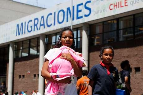 Gobierno presenta querella por tráfico de migrantes contra ex funcionarios
