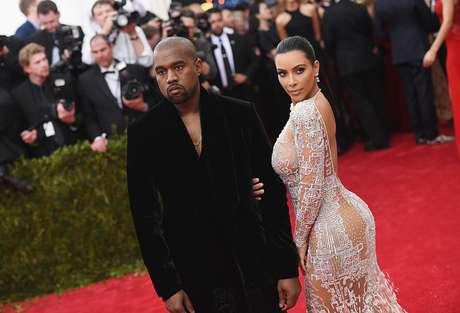 Hacer 100 sentadillas diarias no garantizan unos glúteos como los de Kim Kardashian.