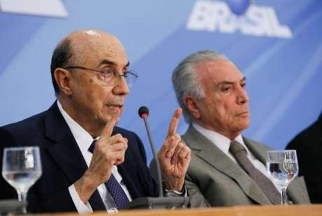 Ministro da Fazenda, Henrique Meirelles, e o presidente Michel Temer durante anúncio do pacote de medidas econômicas