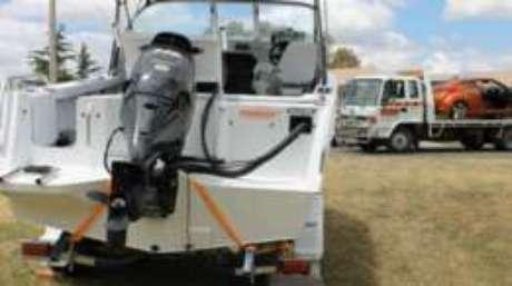 Parte dos bens adquiridos pelo australiano, como o barco e o carro Hyundai, foram apreendidos pela polícia