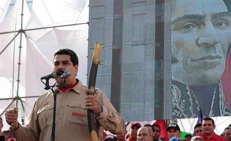 Nicolás Maduro durante discurso em manifestação na Venezuela