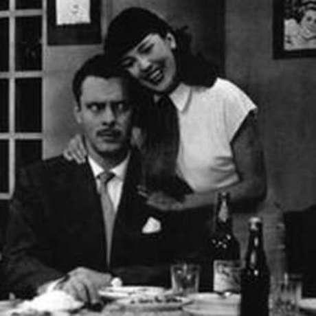 Walter Foster e Vida Alves em cena de 'Sua Vida Me Pertence'