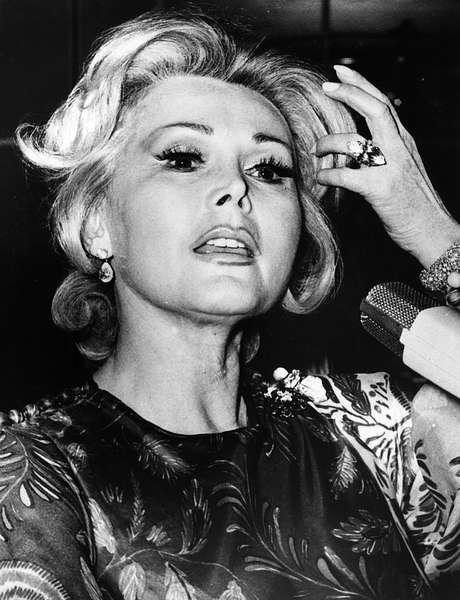 Zsa Zsa Gabor em foto de 1961