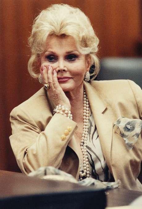 Zsa Zsa Gabor em foto de 1990
