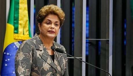 Dilma Rousseff discursa durante julgamento no Senado (Foto: Reprodução/Instagram/@dilmarousseff)