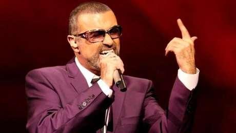 O cantor George Michael morreu no domingo em sua casa na Inglaterra aos 53 anos
