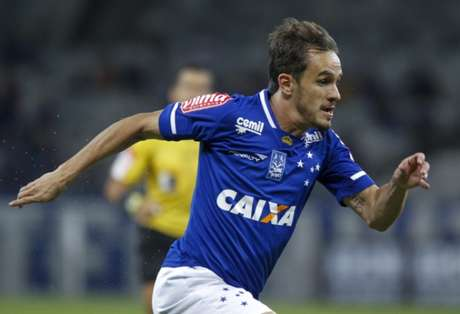Lucas disputou o último Brasileirão pelo Cruzeiro (Foto: Washington Alves/Light Press/Cruzeiro)