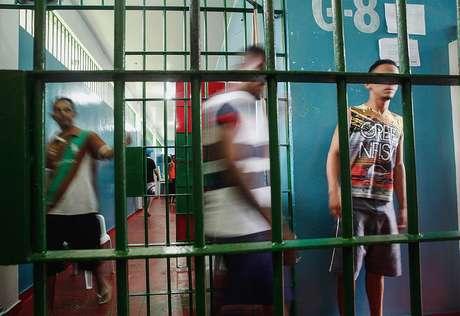 Rebelião em Manaus começou a partir de uma guerra interna entre duas facções, a Família do Norte (FDN) e o Primeiro Comando da Capital (PCC).