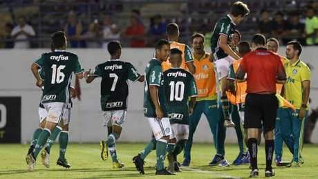 Jogadores do Palmeiras comemoram gol na Copa São Paulo - Foto: Divulgação